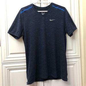 EUC Men's Nike Dri-fit t-shirt